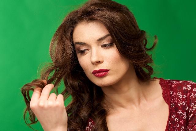 髪をふわっと可愛く上手に巻く方法の記事の説明用画像