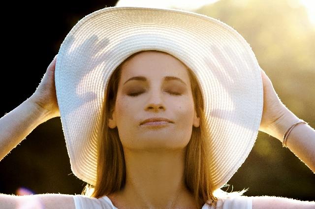 紫外線から髪を守る対策記事のアイキャッチ用画像