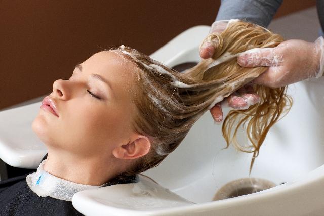 美容師もおすすめのシャンプーの方法記事のアイキャッチ用画像