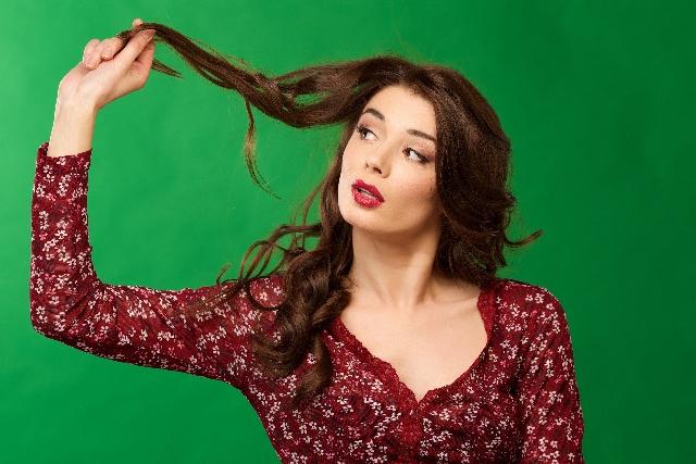 髪の乾燥、静電気対策記事のアイキャッチ用画像