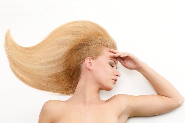 若い女性の薄毛の原因、対策記事のアイキャッチ用画像