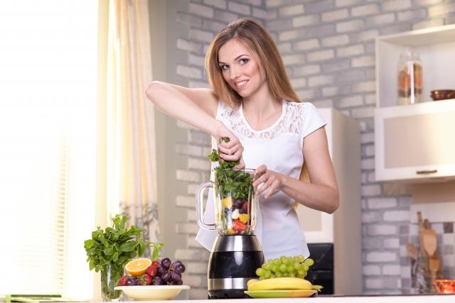 美しい髪を保つために良い食べ物の記事のアイキャッチ用画像