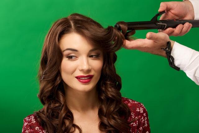 髪を上手にゆるふわに巻く方法の記事の説明用画像